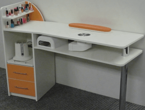 Стол для маникюрного кабинета