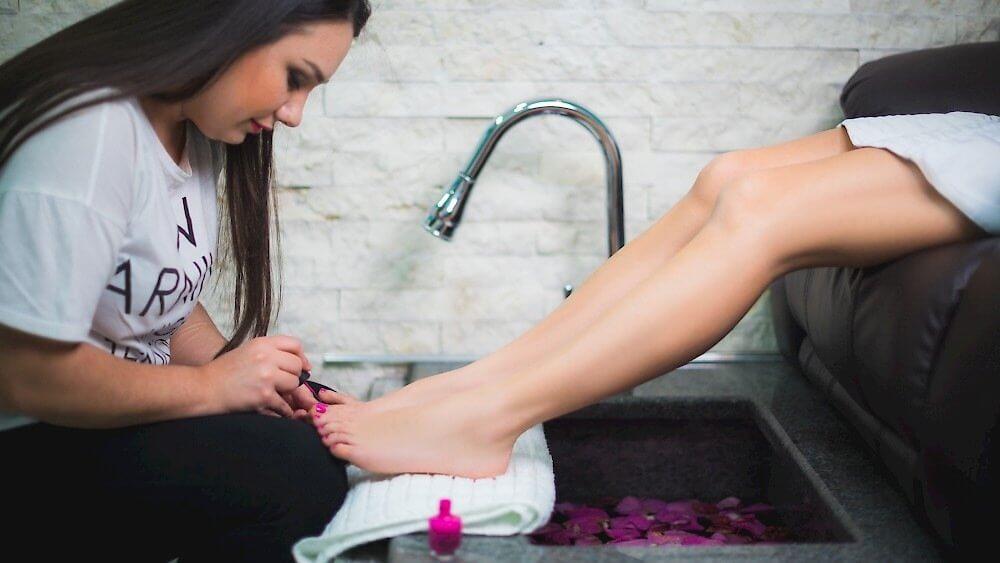 300x169 - Выбираем педикюрные ванны для работы