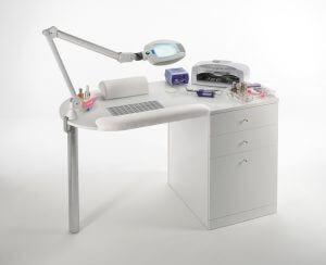 стол 300x244 - Выбираем маникюрный стол. Главный элемент рабочего пространства мастера по маникюру